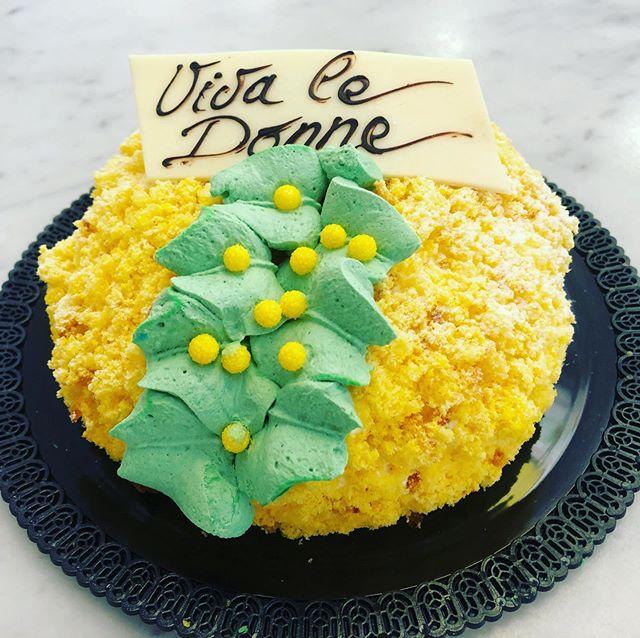 #buongiornogolosoni #wledonne #8marzo #festadelladonna #tortamimosa #pasticceriapeggi #follonica